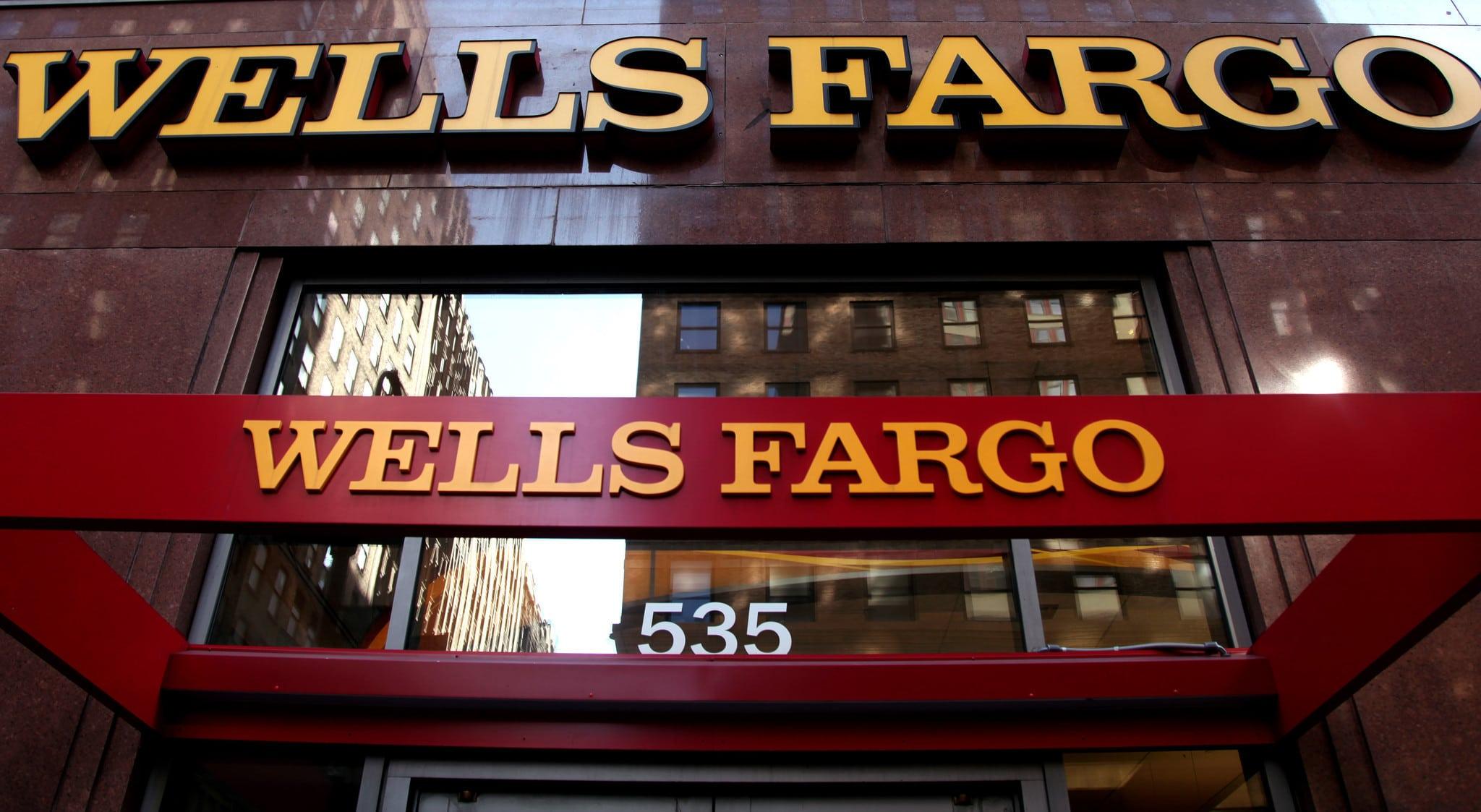 requisios para abrir una cuenta en wells fargo